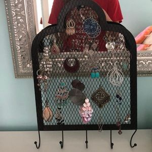 Jewelry - Necklace and earring holder and organizer